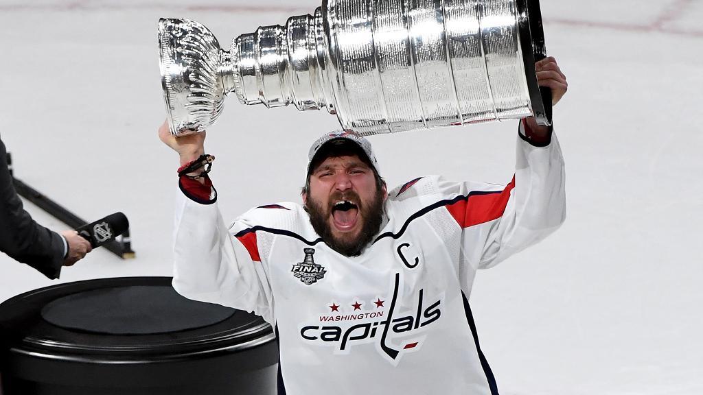 Alex-Ovechkin-Cup Alexander Ovechkin Alexander Ovechkin Washington Capitals