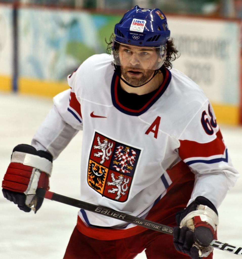 Jagr_Czech1-957x1024 Jaromir Jagr Boston Bruins Calgary Flames Dallas Stars Florida Panthers Jaromir Jagr New York Rangers Pittsburgh Penguins Washington Capitals