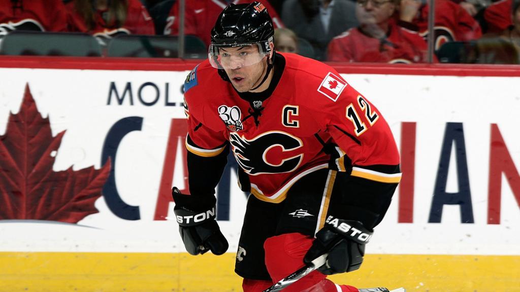 Jarome-Iginla Jarome Iginla Boston Bruins Calgary Flames Colorado Avalanche Jarome Iginla Pittsburgh Penguins