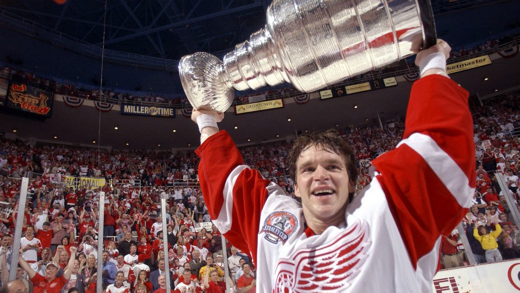 Luc-Robitaille-cup-1024x578 Luc Robitaille Detroit Red Wings Los Angeles Kings New York Rangers Pittsburgh Penguins