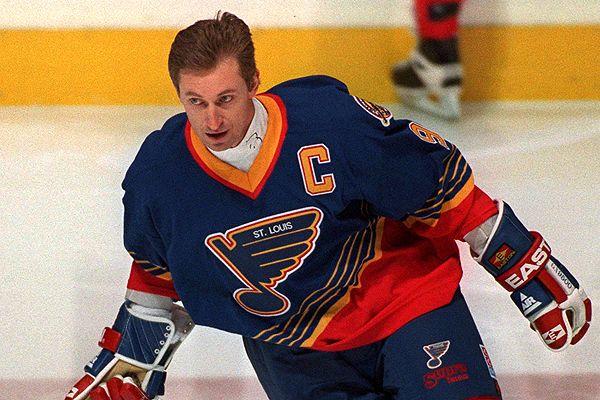 Wayne-Gretzky-Blues Wayne Gretzky Edmonton Oilers Los Angeles Kings New York Rangers Team Canada Wayne Gretzky