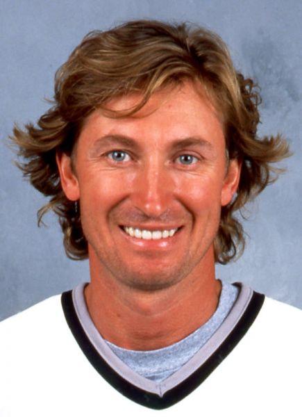 Wayne-Gretzky-Kings-Headshot Wayne Gretzky Edmonton Oilers Los Angeles Kings New York Rangers Team Canada Wayne Gretzky