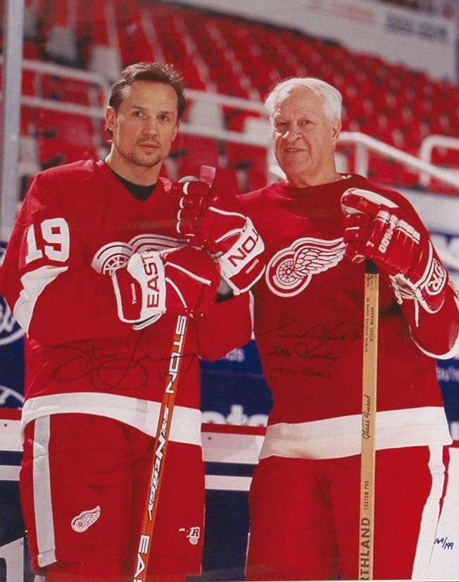 Yzerman-Red-Wings-Howe Steve Yzerman Detroit Red Wings Steve Yzerman Tampa Bay Lightning