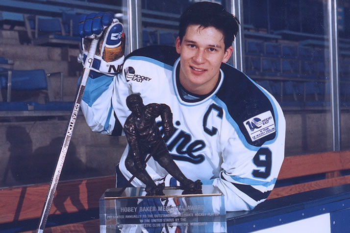 kariya-headed-to-hall-of-fame Paul Kariya Anaheim Ducks Colorado Avalanche Nashville Predators Paul Kariya
