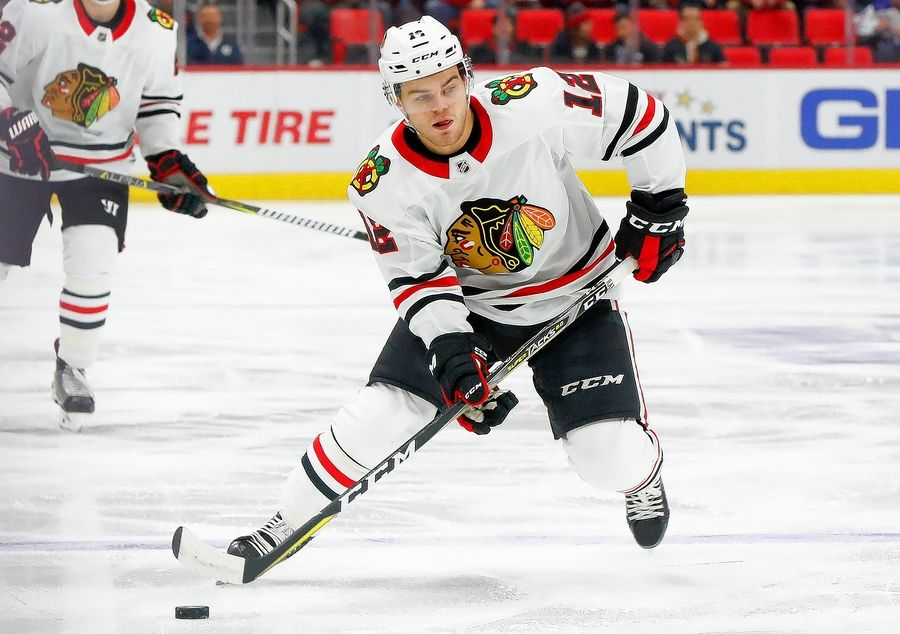 Alex-DeBrincat-Chicago-Blackhawks-2 Alex DeBrincat Alex DeBrincat Chicago Blackhawks