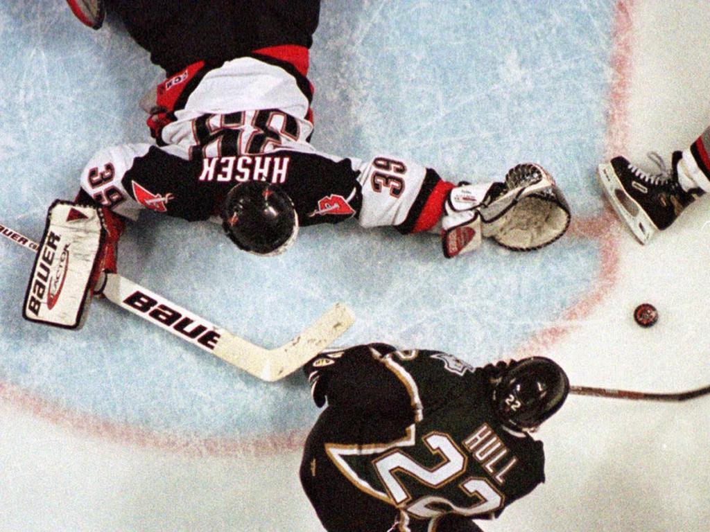 Brett-Hull-no-Goal-1024x768 Brett Hull Brett Hull Calgary Flames Dallas Stars Phoenix Coyotes St Louis Blues