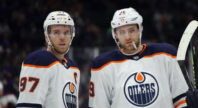 Connor-McDavid-Edmonton-Oilers-Leon-Draisaitl Top 10 plays from 2019-2020: Connor McDavid Connor McDavid Edmonton Oilers NHL