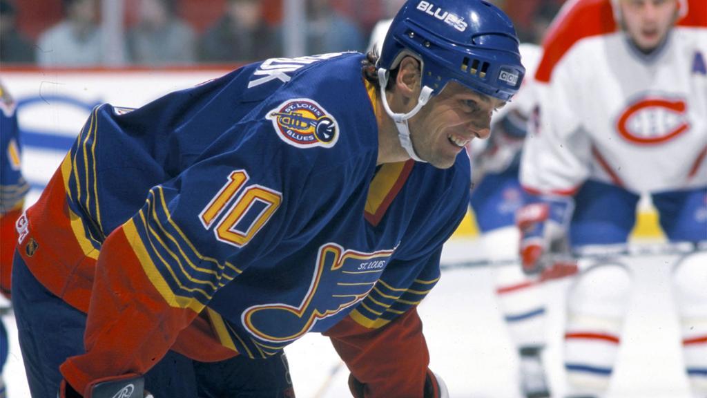Dale-Hawerchuk-Blues Dale Hawerchuk Buffalo Sabres Dale Hawerchuk Philadelphia Flyers Winnipeg Jets
