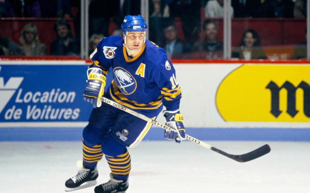 Dale-Hawerchuk-Sabres-1024x640 Dale Hawerchuk Buffalo Sabres Dale Hawerchuk Philadelphia Flyers Winnipeg Jets