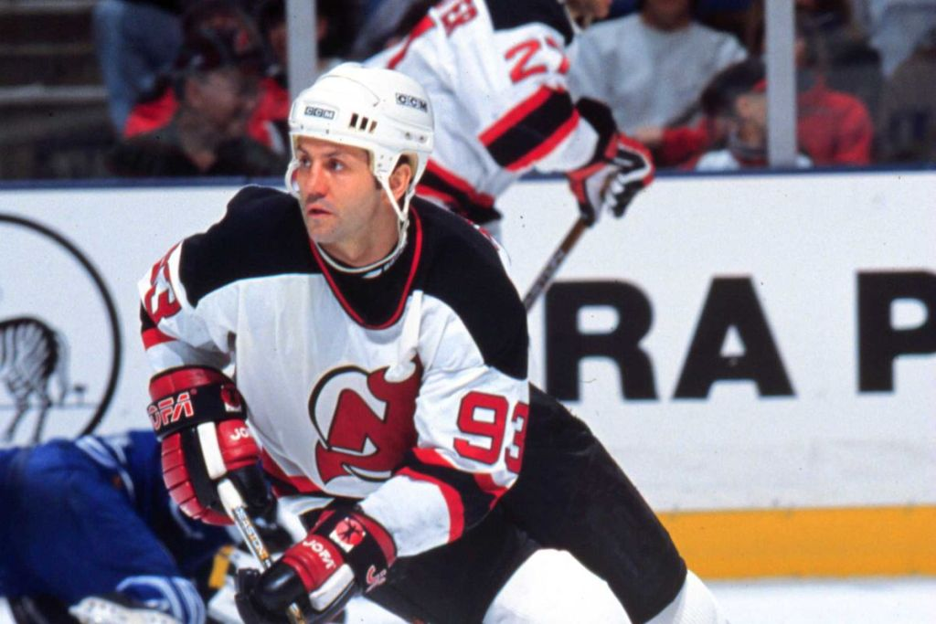 Doug-Gilmour-Devils-1024x683 Doug Gilmour Buffalo Sabres Calgary Flames Chicago Blackhawks Doug Gilmour Montreal Canadiens New Jersey Devils Toronto Maple Leafs