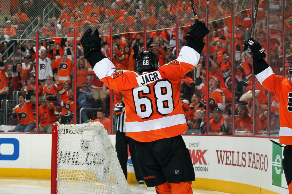 Jaromir-Jagr-Philadelphia-Flyers-GOal-1024x683 Here are some highlights of Jaromir Jagr on the Flyers to make your Tuesday better! Jaromir Jagr NHL Philadelphia Flyers