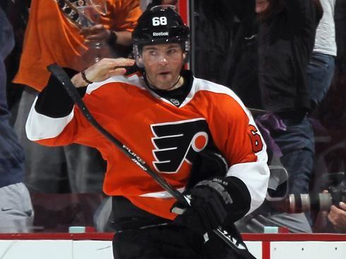 Jaromir-Jagr-Philadelphia-Flyers-Salute Here are some highlights of Jaromir Jagr on the Flyers to make your Tuesday better! Jaromir Jagr NHL Philadelphia Flyers