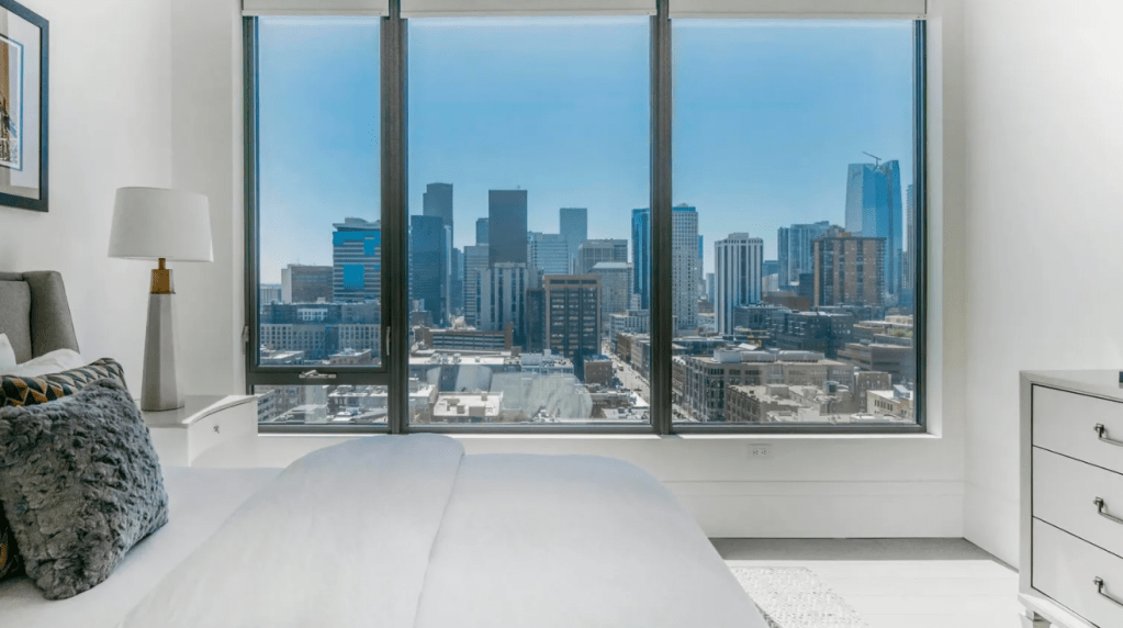Nathan-MacKinnon-Colorado-Avalanche-3.5M-Penthouse-Apartment-18-1024x572 Take a look at Nathan MacKinnons gorgeous $3.5M Denver Penthouse Apartment! Colorado Avalanche Nathan MacKinnon