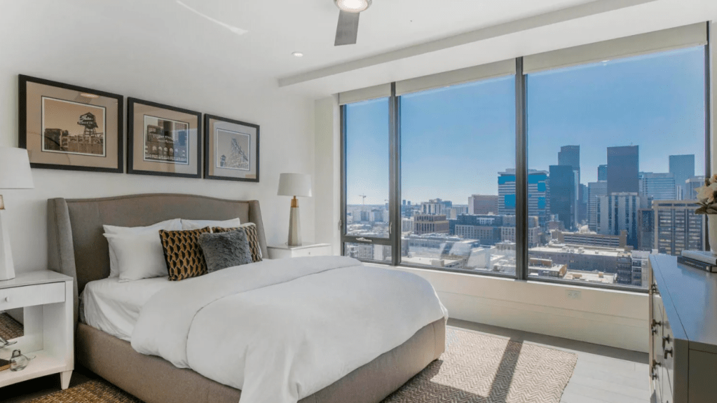 Nathan-MacKinnon-Colorado-Avalanche-3.5M-Penthouse-Apartment-19-1024x575 Take a look at Nathan MacKinnons gorgeous $3.5M Denver Penthouse Apartment! Colorado Avalanche Nathan MacKinnon