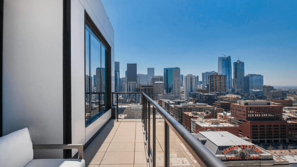 Nathan-MacKinnon-Colorado-Avalanche-3.5M-Penthouse-Apartment-35-1024x576 Take a look at Nathan MacKinnons gorgeous $3.5M Denver Penthouse Apartment! Colorado Avalanche Nathan MacKinnon