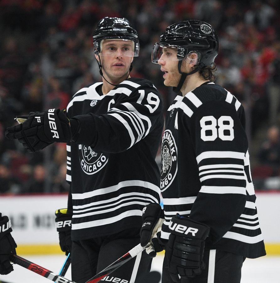 Patrick-Kane-Chicago-Blackhawks-Toews Top 10 plays from 2019-2020: Patrick Kane Chicago Blackhawks Patrick Kane